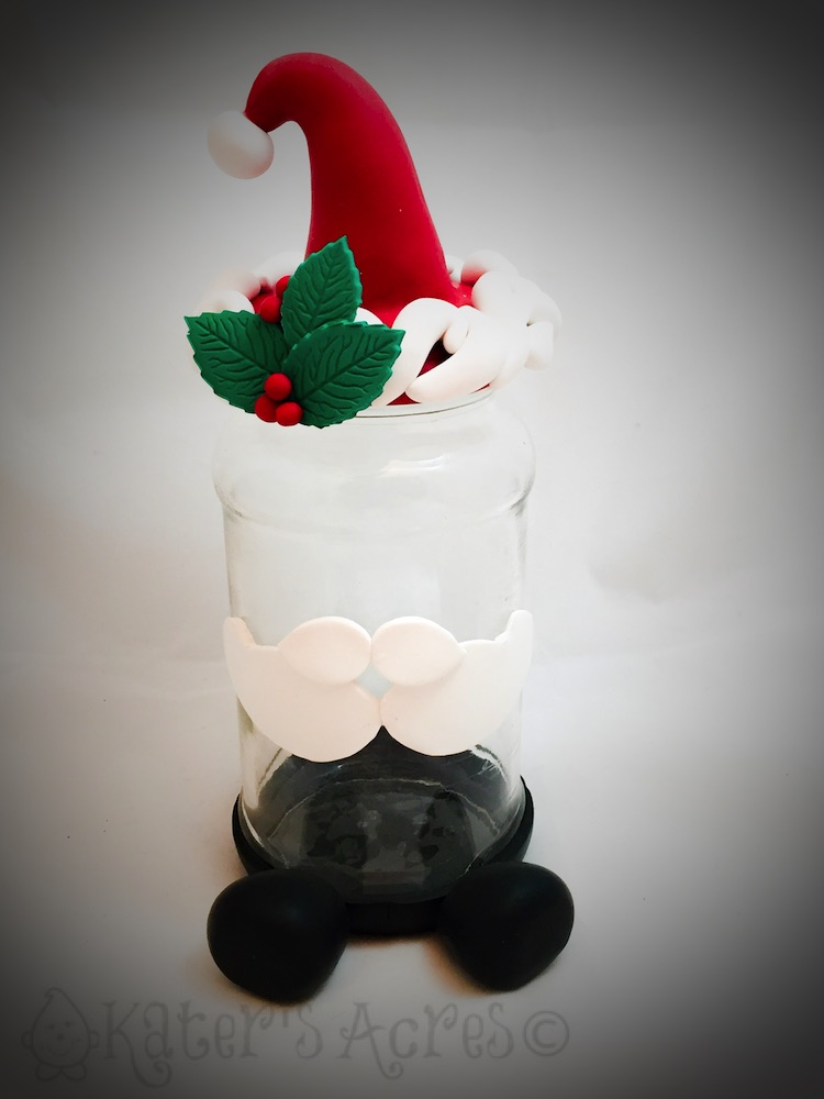 Decorated Santa Jar Project by KatersAcres for the November Pavelka Project | CLICK to get the free tutorial